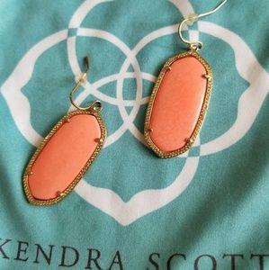 Kendra Scott Elle earrings in Salmon